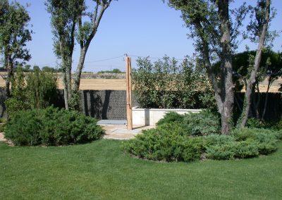 conillas-paisajismo-y-jardineria-diseno-paisajistico-y-construccion-jardin-particular-con-piscina-guissona-11